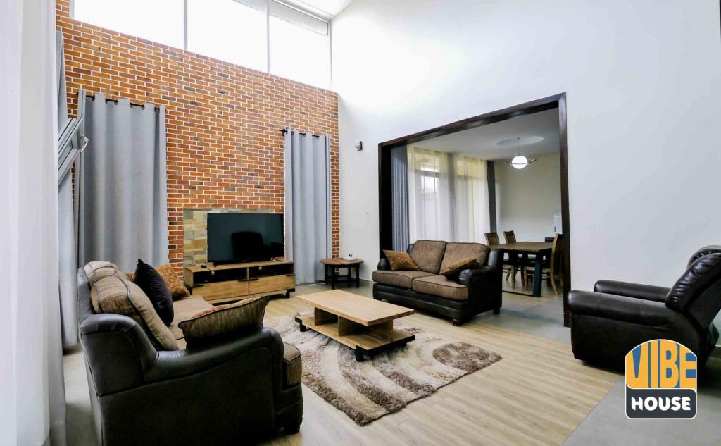 House For Rent Kigali Kagugu 19 04 01 1 30