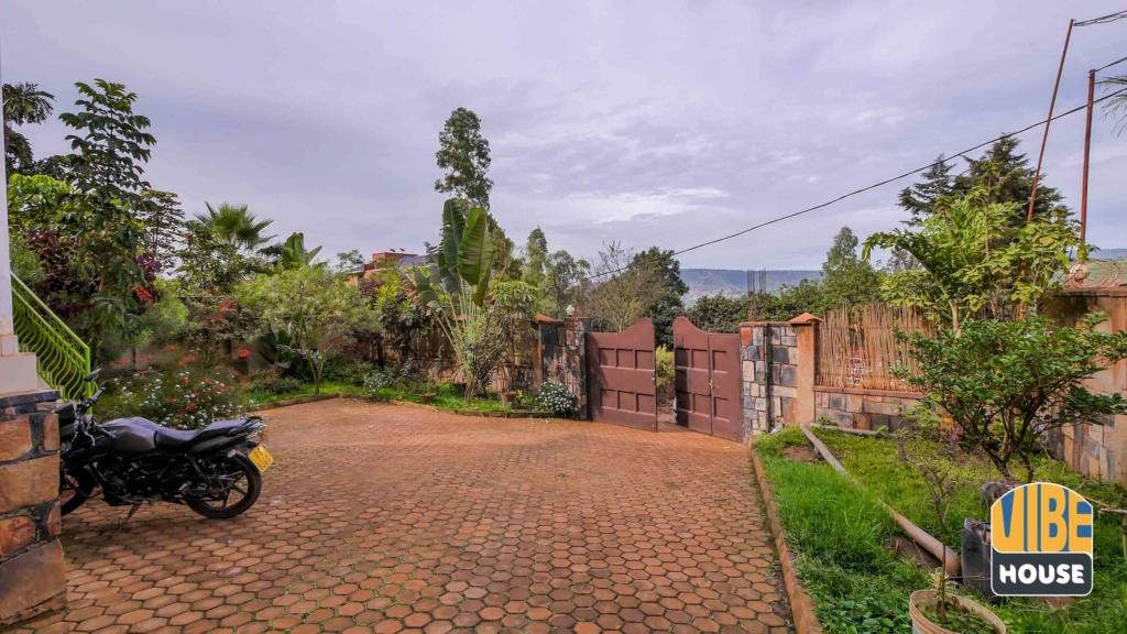House For Sale Kigali Kagugu 19 03 28 1 4