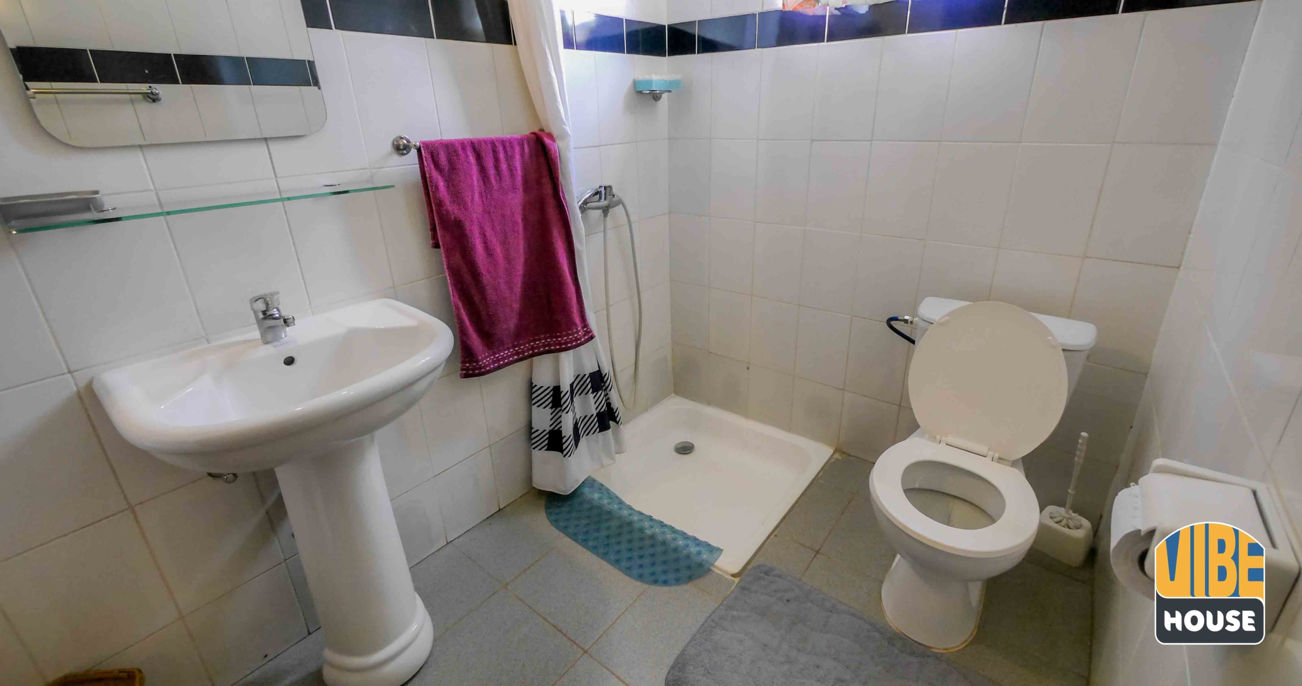 Studio apartment for rent in Kigali with clean bathroom