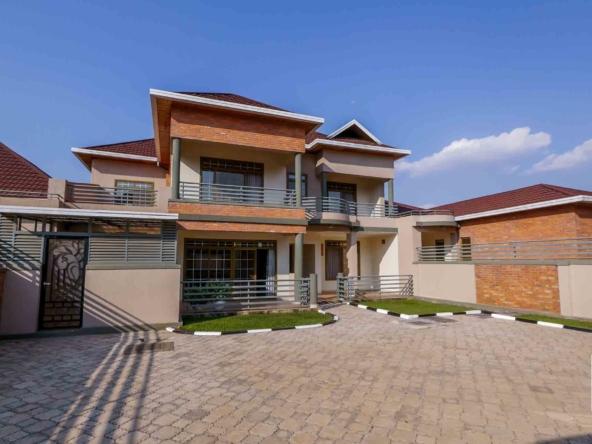19 06 12 06 Wide properties Gacuriro umuco estate 9760075