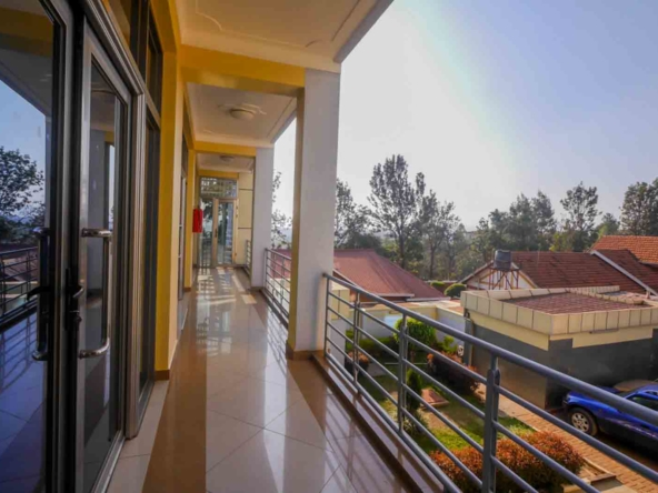 19 07 01 1 04 Triumph House office space for rent kimironko Kigali 5
