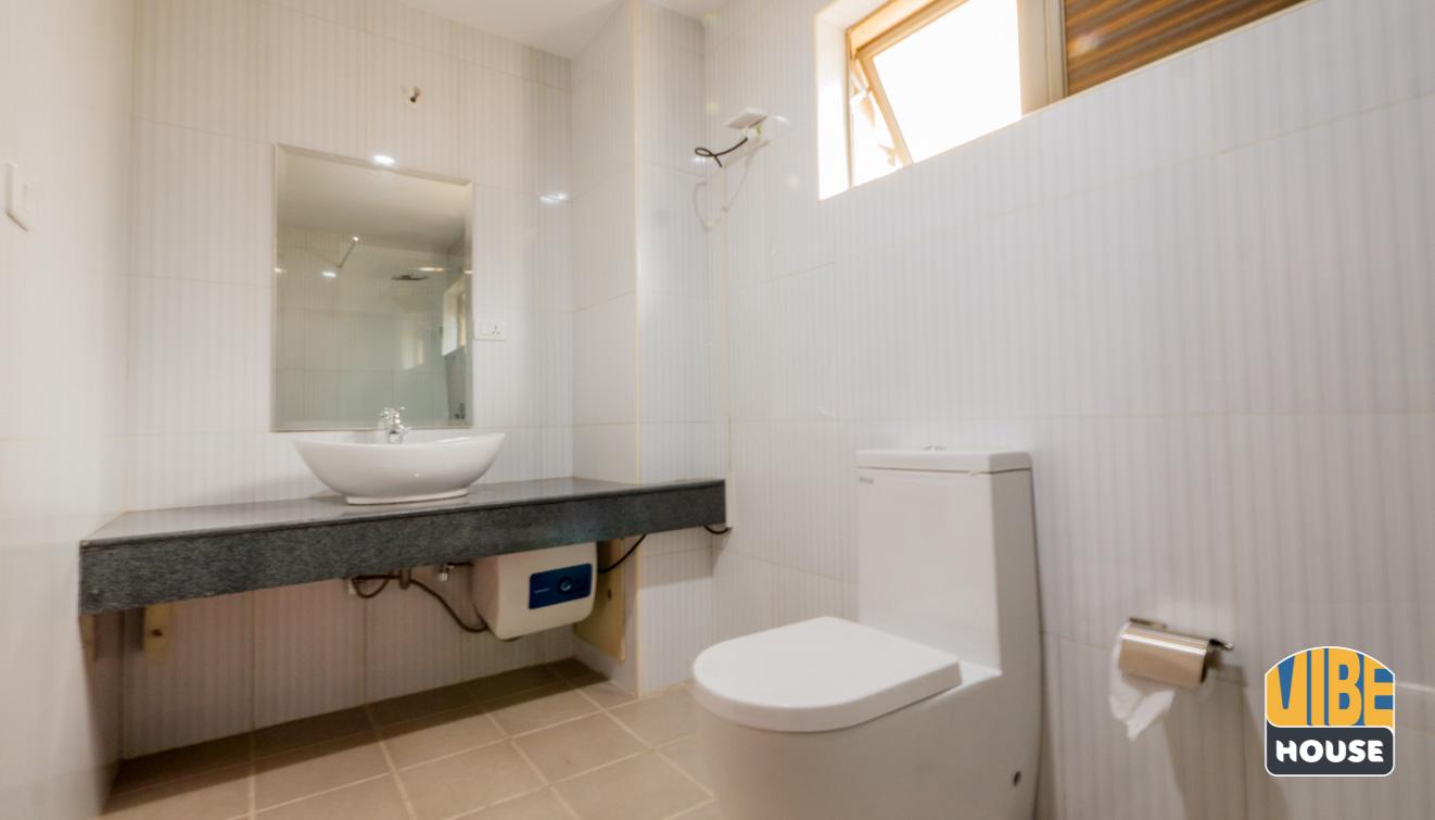 Apartment for rent in Gacuriro_Bathroom 2