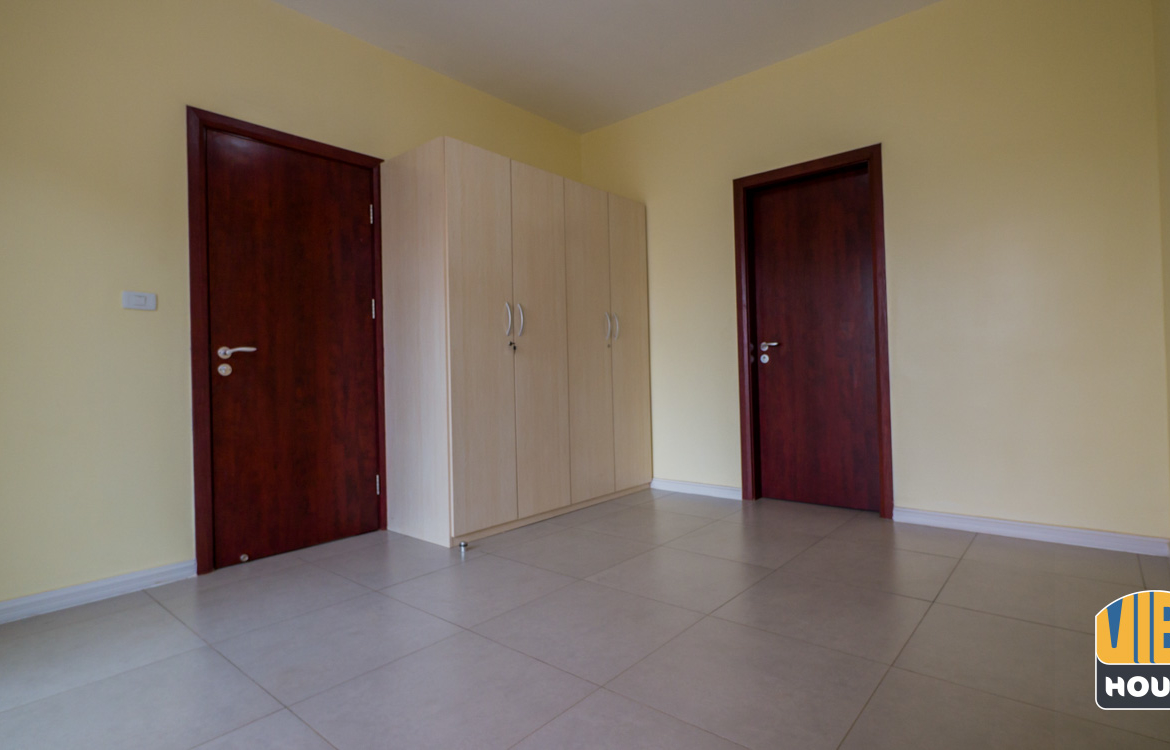 Bedroom with closet of apartment for rent in Kigali