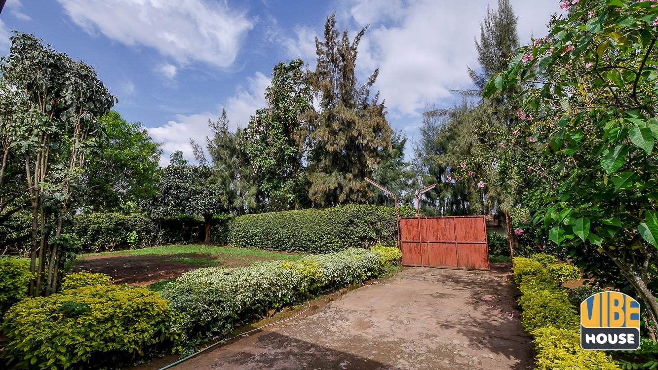 Two-car parking area in house for sale in Nyamirambo, Kigali