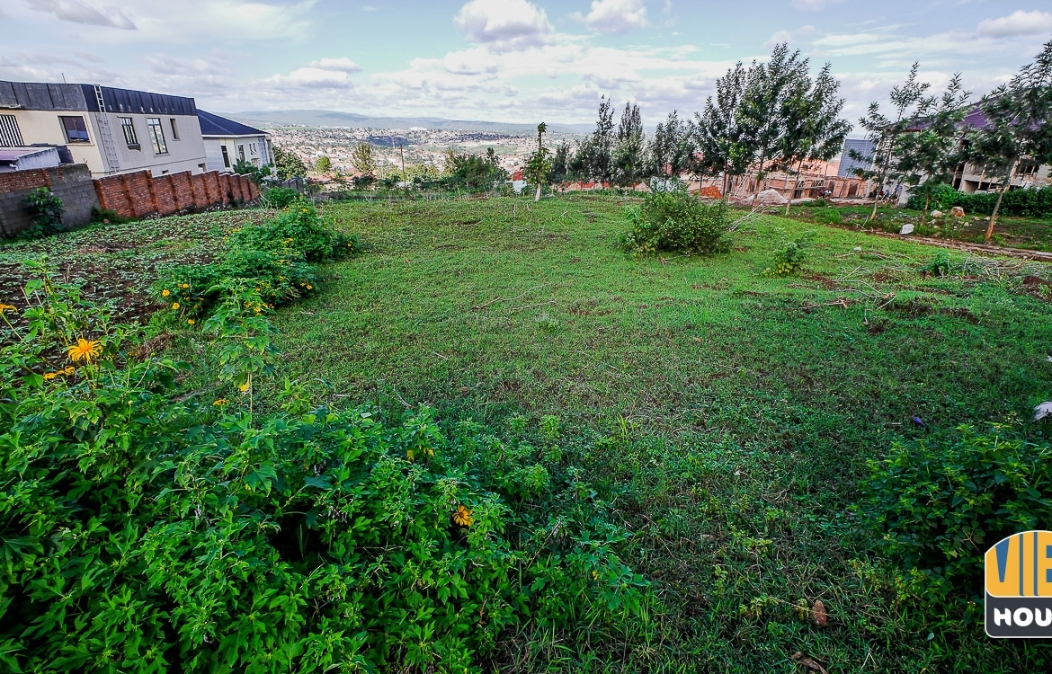 50x30 plot of land for sale in Kagarama
