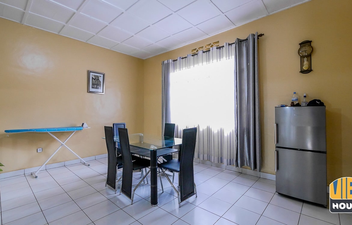 Elegant dining area of furnsihed house for rent in Gacuriro, Kigali