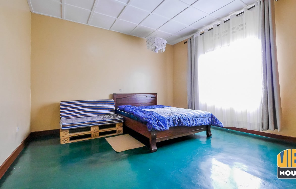 Room for rent. Furnished house for rent in Gacuriro, Kigali