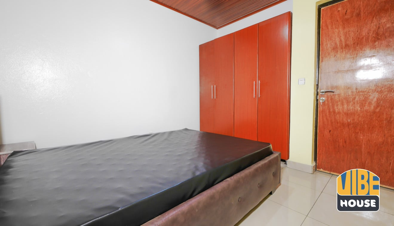 Closet of bedroom in house for rent in Kacyiru, Kigali