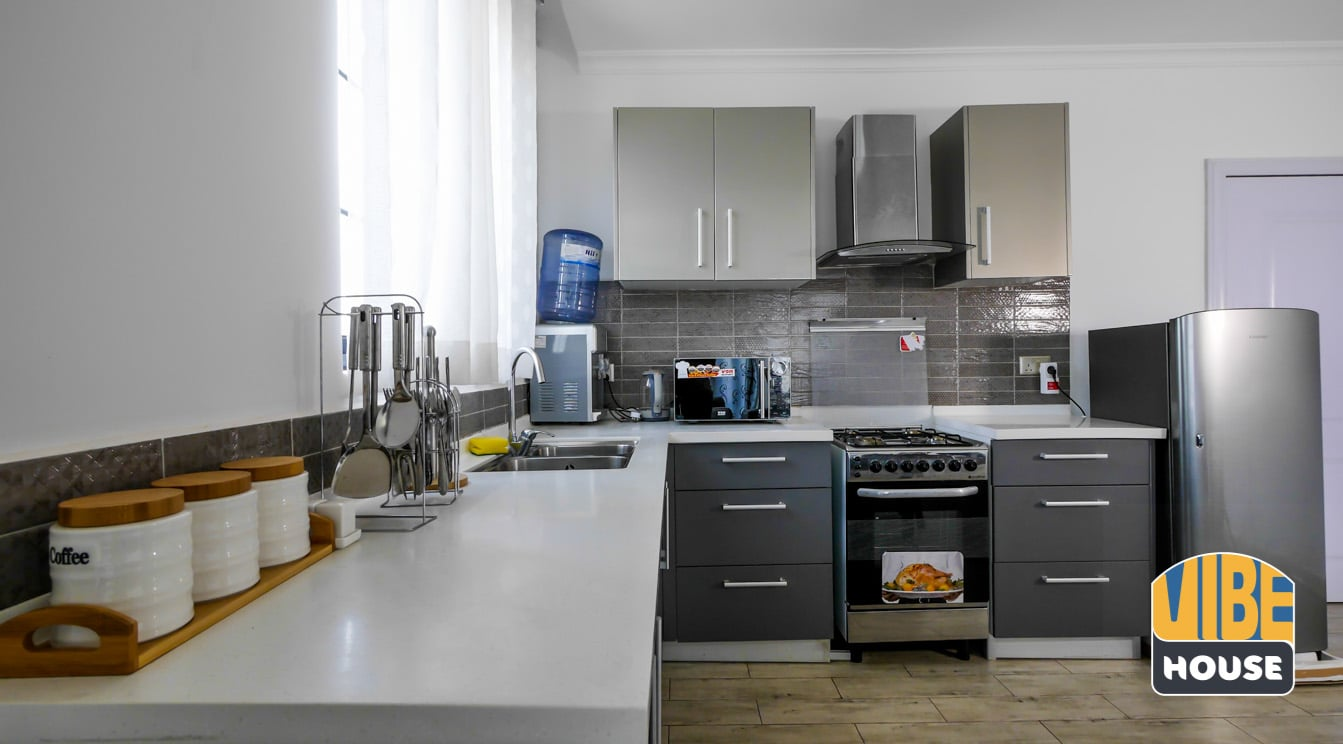 Fully furnished modern kitchen