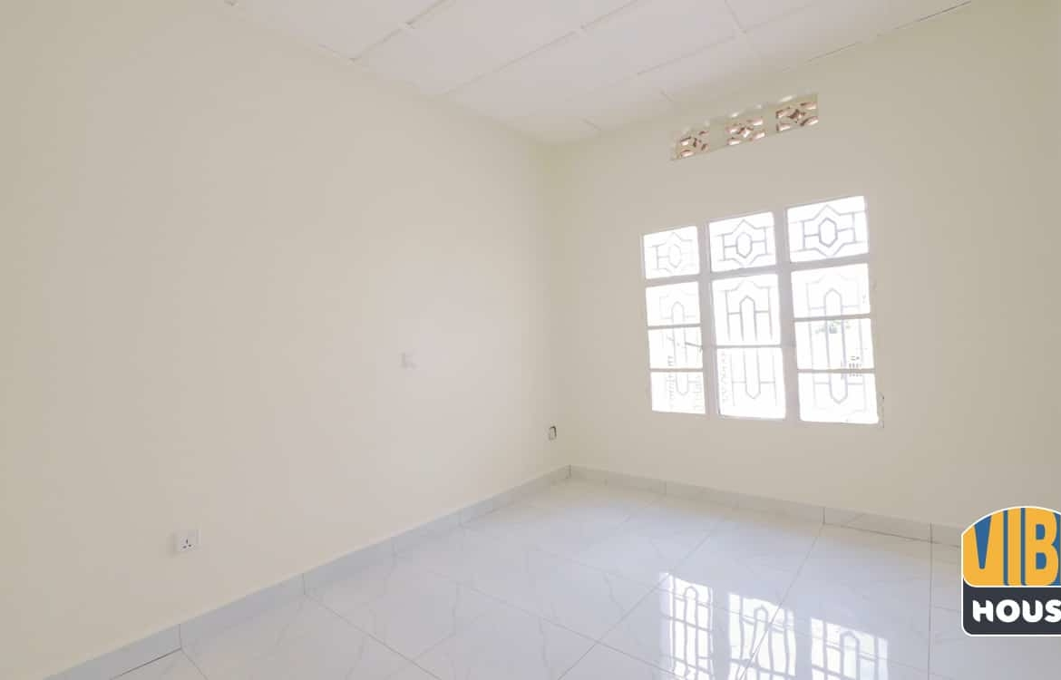 Bedroom in home for rent in Gisozi, Kigali
