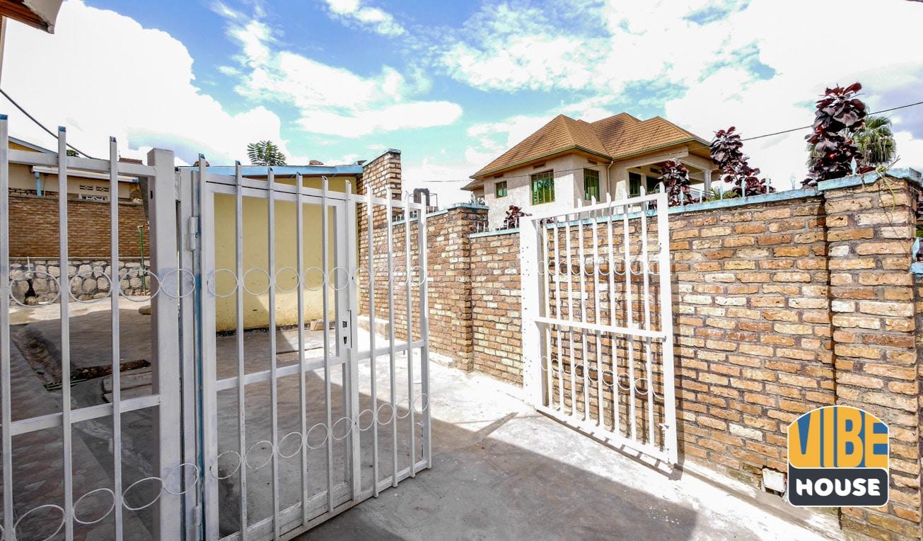 Boys quarter in Gisozi home rental, Kigali