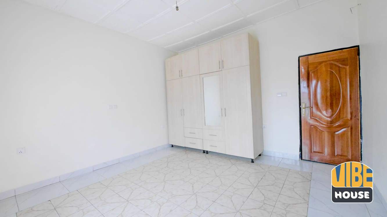 Bedroom with closet in Gisozi home rental, Kigali