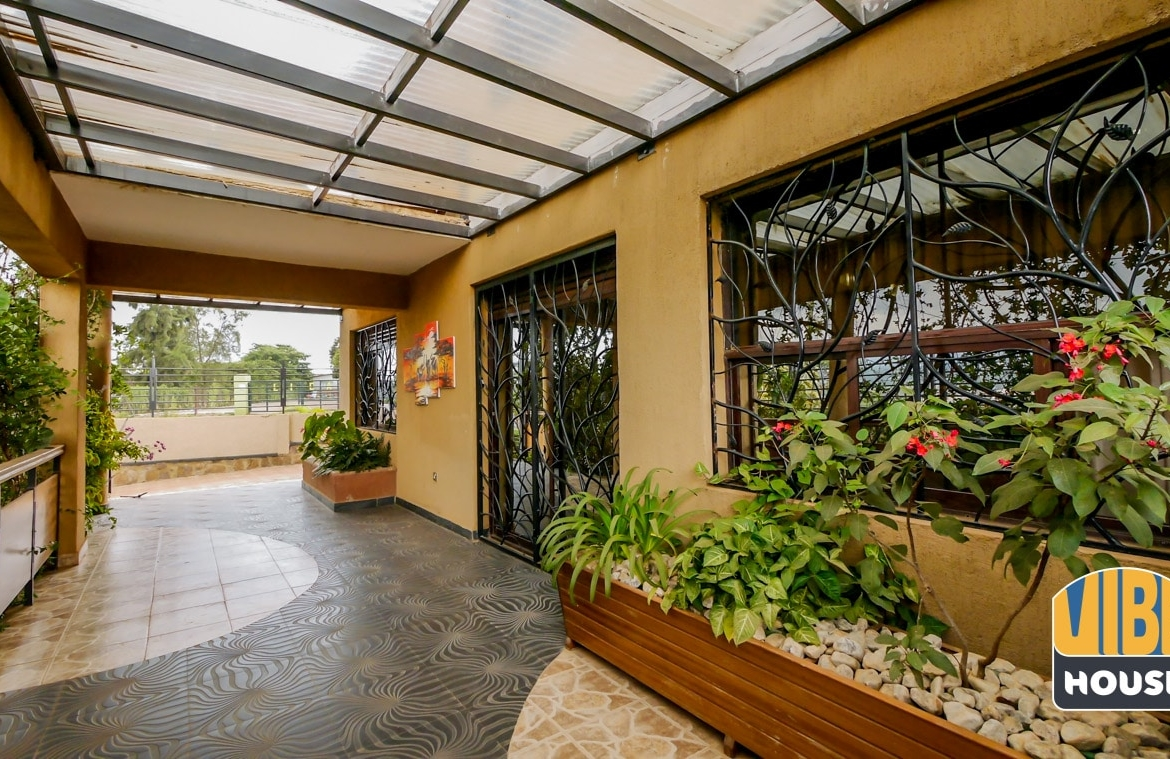 Beautiful Entrance of Townhouse for Sale in Kacyiru, Kigali