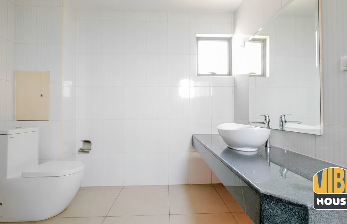 Very spacious bathroom: apartment for rent in vision city Gacuriro, Kigali