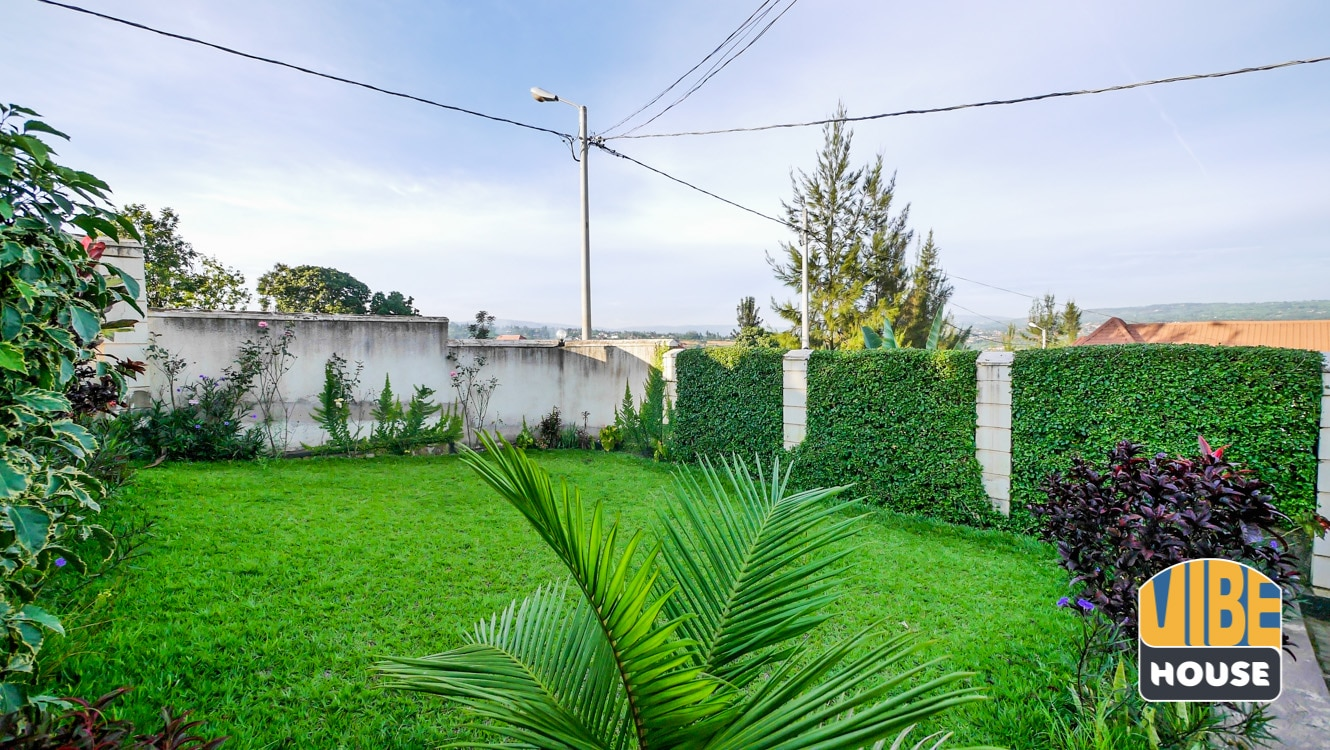 Big garden at house for sale in Kanombe, Kigali
