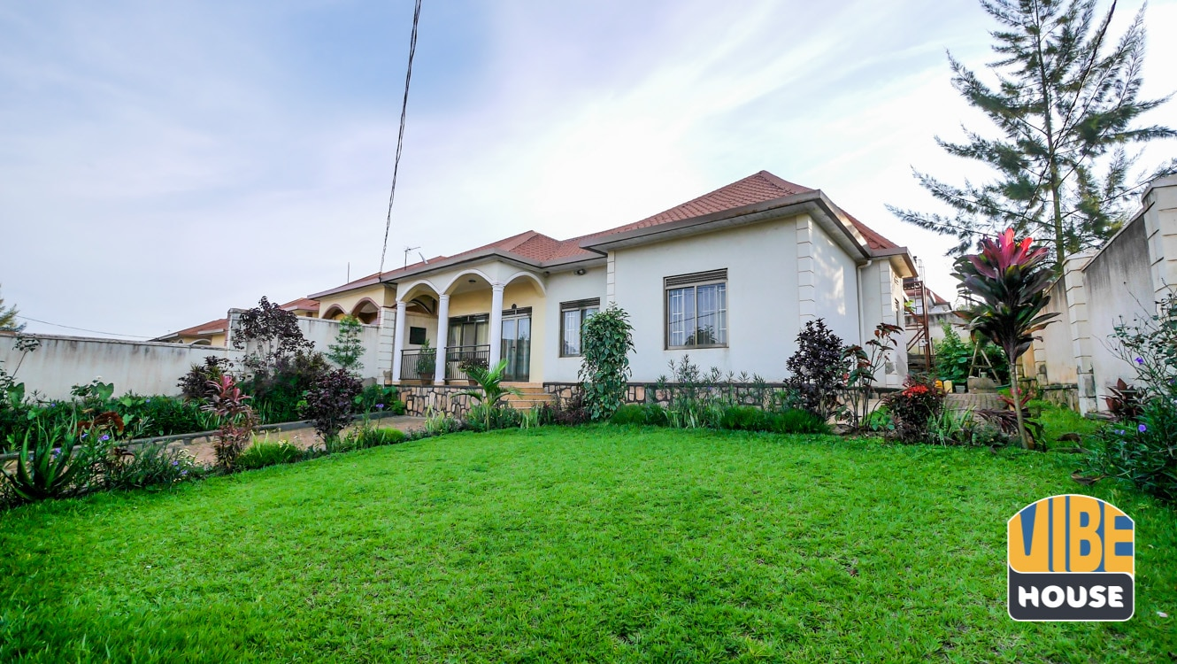 house for sale in Kanombe, Kigali