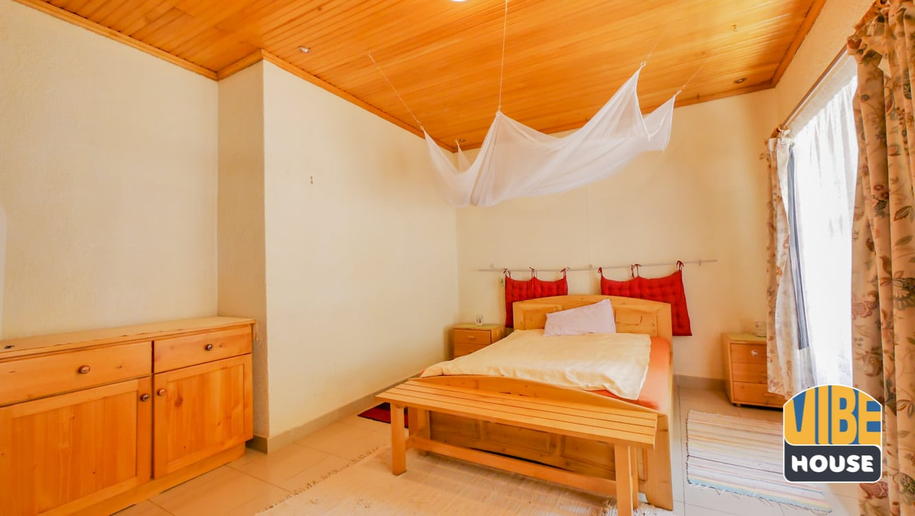 Bedroom in Property for Sale with 3 apartments in Nyarutarama, Kigali