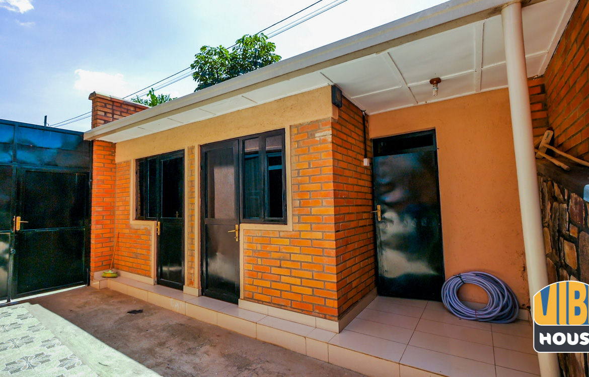 House help quarters: Luxurious Villa for rent in Kibagabaga