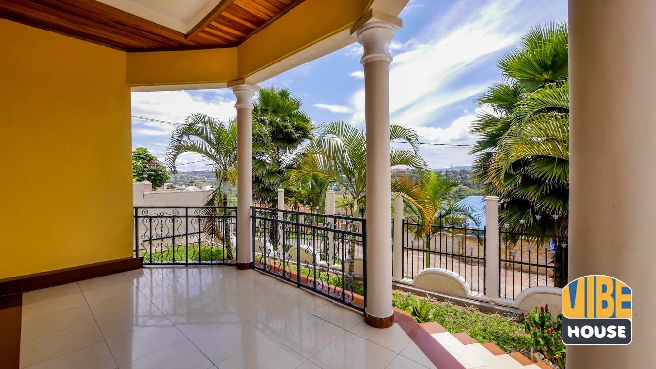 Terrace of house for rent in Kibagabaga