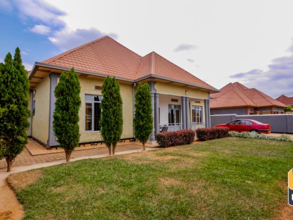 20 06 17 House for rent kicukiro kagarama kigali 17